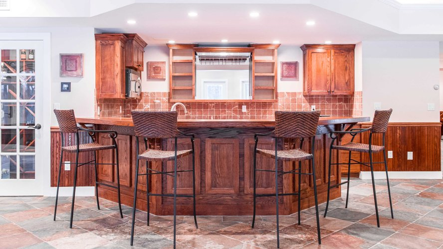 Full custom oak wet bar man cave basement designer builder